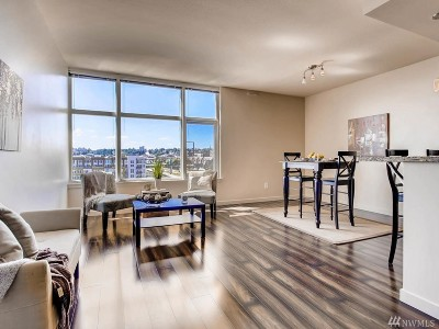 Pierce County Condo/Townhouse For Sale: 1515 Dock St #823