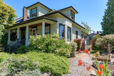 Seattle Single Family Home For Sale: 6542 27th Ave NW