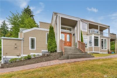 Kirkland Single Family Home For Sale: 6447 NE 129th Place