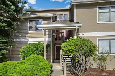 Kirkland Condo/Townhouse For Sale: 12604 NE 119th St #B5