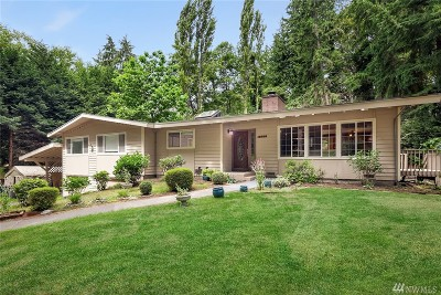 Edmonds Single Family Home For Sale: 11828 Clearview Dr