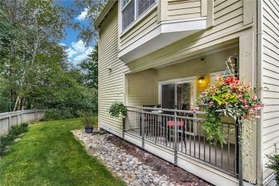 Renton Condo/Townhouse For Sale: 1800 NE 40th St #J1