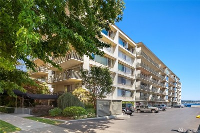Seattle Condo/Townhouse Sold: 2040 43rd Ave E #111