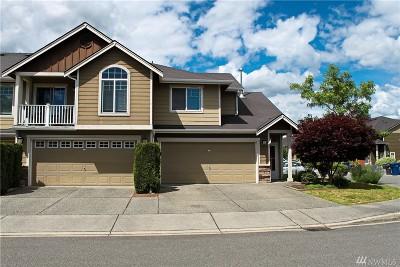 Marysville Condo/Townhouse For Sale: 5027 146th Place NE #L202