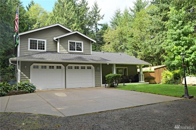 Port Orchard Single Family Home For Sale: 946 SW Berry Lake Rd