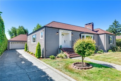 Burien Single Family Home For Sale: 2615 SW 114th St