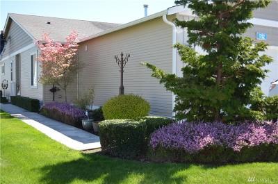 Burlington Condo/Townhouse Pending: 1202 Decatur Cir