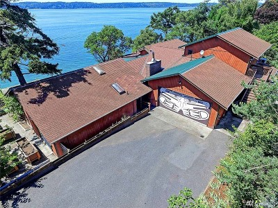 Camano Island Single Family Home For Sale: 1186 SW Camano Dr