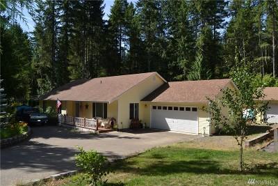 Hoodsport Single Family Home For Sale: 130 Mt Jupiter Dr