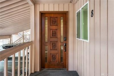 Redmond Condo/Townhouse For Sale: 7575 NE Old Redmond Road #8