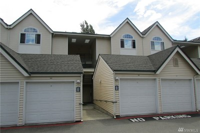 Renton Condo/Townhouse For Sale: 440 Maple Ave SW #B304