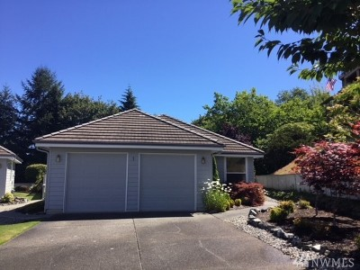 Pierce County Condo/Townhouse For Sale: 3012 N Narrows Dr #1