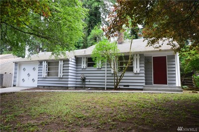 Lake Forest Park Single Family Home For Sale: 18521 30th Ave NE