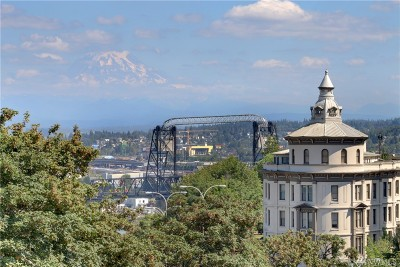 Tacoma Condo/Townhouse For Sale: 525 Broadway #203