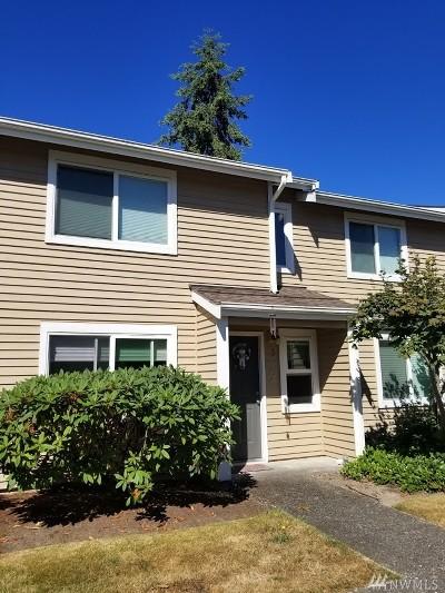 Des Moines Condo/Townhouse For Sale: 23715 13 Place S #1104
