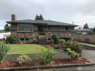 Tacoma Single Family Home For Sale: 7409 S 16th St