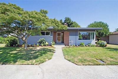 Pierce County Single Family Home For Sale: 811 Meade Ave