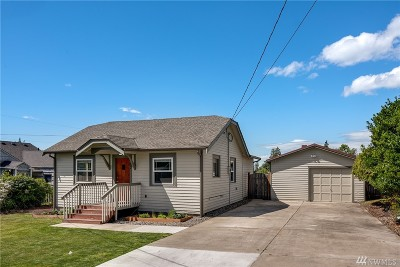 Everett Single Family Home For Sale: 127 47th St SW