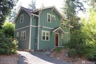 Bainbridge Island Single Family Home For Sale: 8733 Potlatch Ave