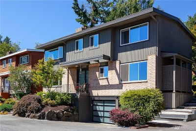 Seattle Single Family Home For Sale: 2945 25th Ave W