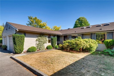 Marysville Condo/Townhouse For Sale: 1333 Beach Ave #2