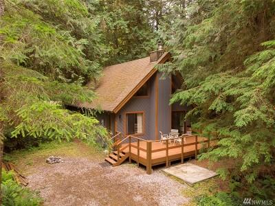 Glacier Single Family Home For Sale: 7048 Rainier Way