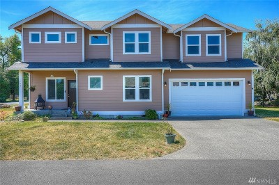 Enumclaw Single Family Home For Sale: 2037 McHugh Ave