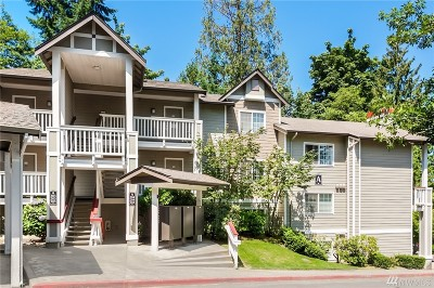 Issaquah Condo/Townhouse For Sale: 18505 SE Newport Wy #A304