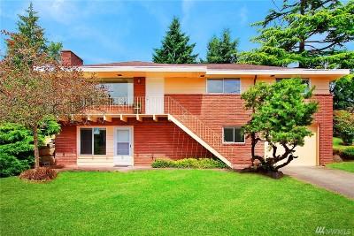Renton Single Family Home For Sale: 3000 NE 5th Place