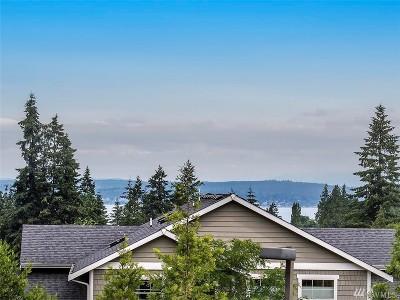 Everett Condo/Townhouse For Sale: 5300 Glenwood Ave #L2