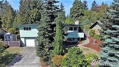 Bellevue Single Family Home For Sale: 16228 Main St