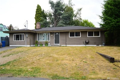SeaTac Single Family Home For Sale: 17008 Military Rd S
