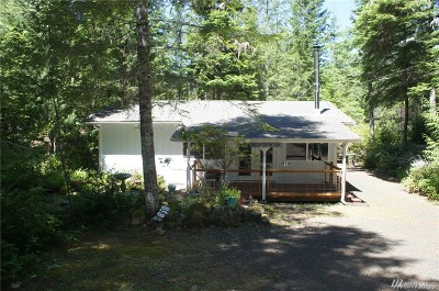 Mason County Single Family Home Pending Inspection: 850 N Colony Surf Dr
