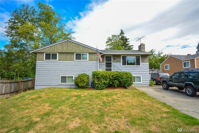 Seattle Single Family Home For Sale: 846 SW 108th St