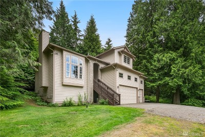 North Bend Single Family Home Contingent: 17404 453rd Ave SE