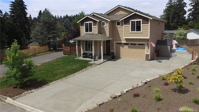 Bothell Single Family Home For Sale: 607 217th St SW