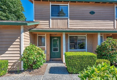 Bothell Condo/Townhouse For Sale: 21511 4th Ave W #A62