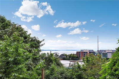 Seattle Multi Family Home For Sale: 1040 Elliott Ave W