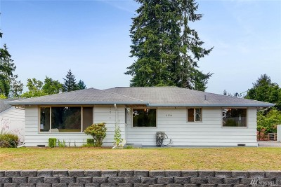 Everett Single Family Home For Sale: 9030 4th Place SE
