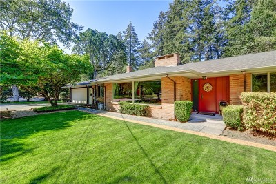 Lakewood Single Family Home For Sale: 11414 Clover Crest Dr SW