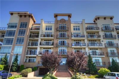 Tacoma Condo/Townhouse For Sale: 320 E 32nd St #405