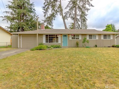 Spanaway Single Family Home For Sale: 16818 17th Ave E