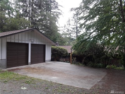 Bainbridge Island Single Family Home For Sale: 8230 NE Paulanna Lane