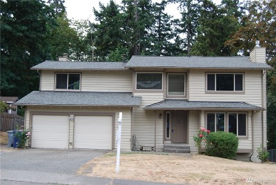 Renton Single Family Home For Sale: 2819 Whitworth Ave S