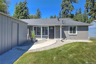 Mountlake Terrace Single Family Home For Sale: 21900 54th Ave W