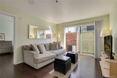 Seattle Condo/Townhouse For Sale: 323 Queen Anne Ave N #404