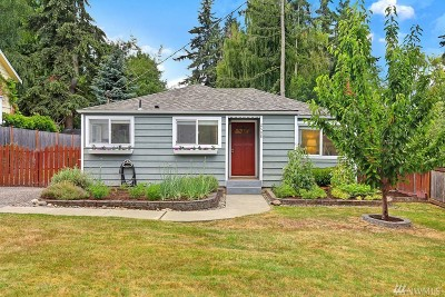 Seattle Single Family Home For Sale: 2608 NE 137th St