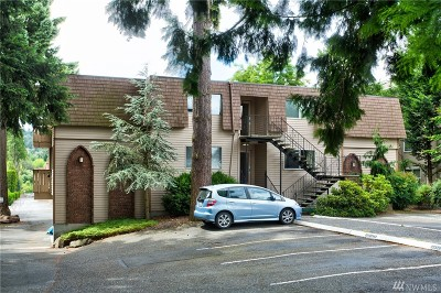 Kenmore Condo/Townhouse For Sale: 7217 NE 175th St #211