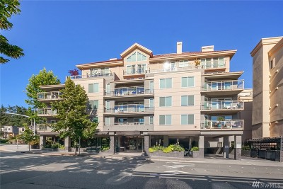 Condo/Townhouse Sold: 11011 NE 12th St #406