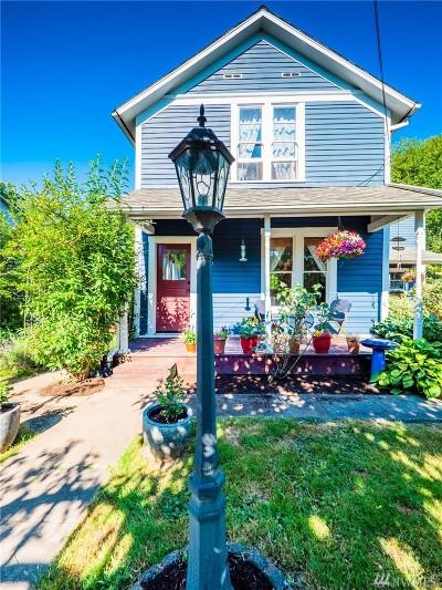 Snohomish Single Family Home For Sale: 230 Cedar Ave
